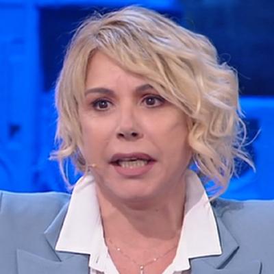 Anna Pettinelli (canto)